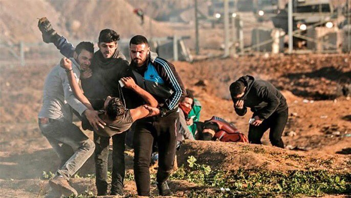 Israeli forces have shot dead Palestinian woman Amal al-Taramsi during Gaza protests https://t.co/5jsRNfQaRG https://t.co/gZN2F5B9lF