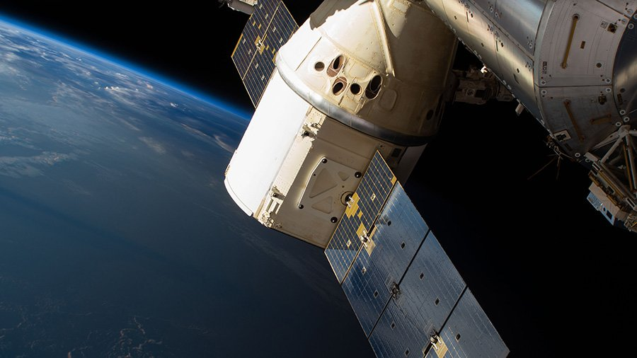 The @SpaceX #Dragon will now be released from the Canadarm2 at 6:30pm ET Sunday to take advantage of calmer sea states in the Pacific Ocean. https://t.co/r8uQ1dtlva