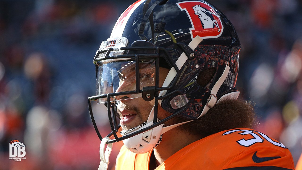 Don't forget @I_CU_Boy is up for @NFL Rookie of the Year‼️  #VoteFor30 » https://t.co/xD7fFRdNIn https://t.co/NV2PLuWVGI