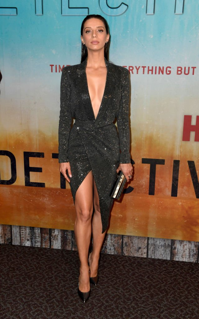 cdc8b3101eb angela sarafyan was smoldering in julien macdonald for the premiere of hbos  true detective season 3