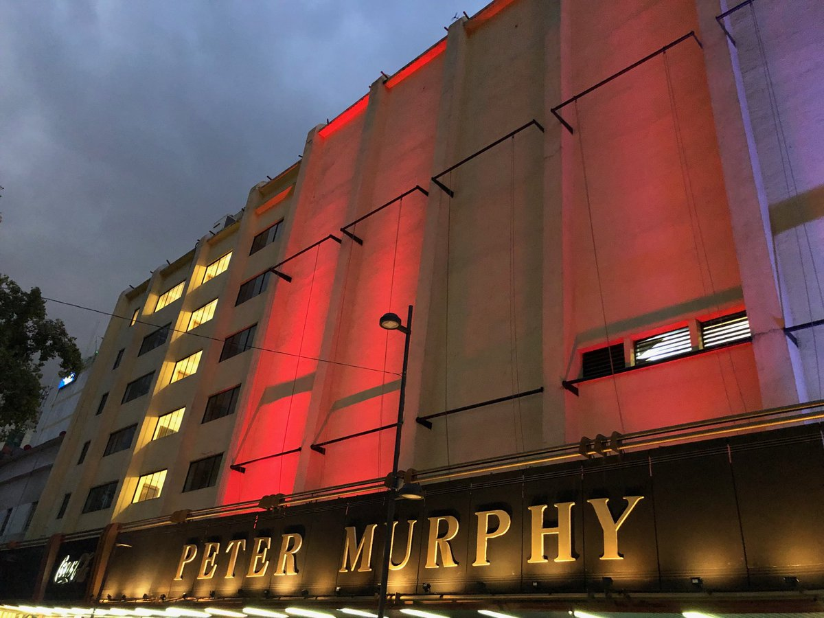 Teatro Metropólitan's photo on #Bauhaus