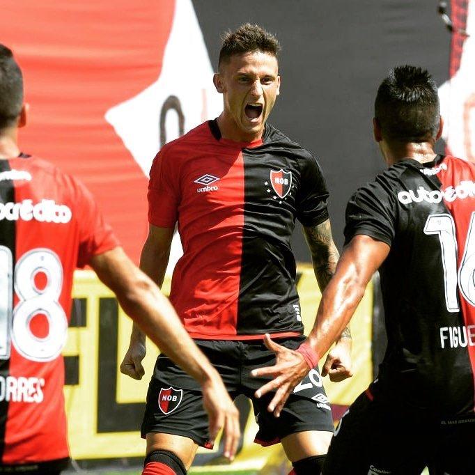 Mundo Futbolero 🎙's photo on Héctor Fertoli