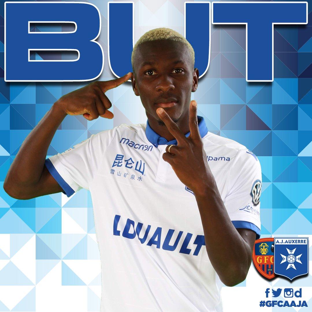 AJ Auxerre 🔵⚪️'s photo on #GFCAAJA