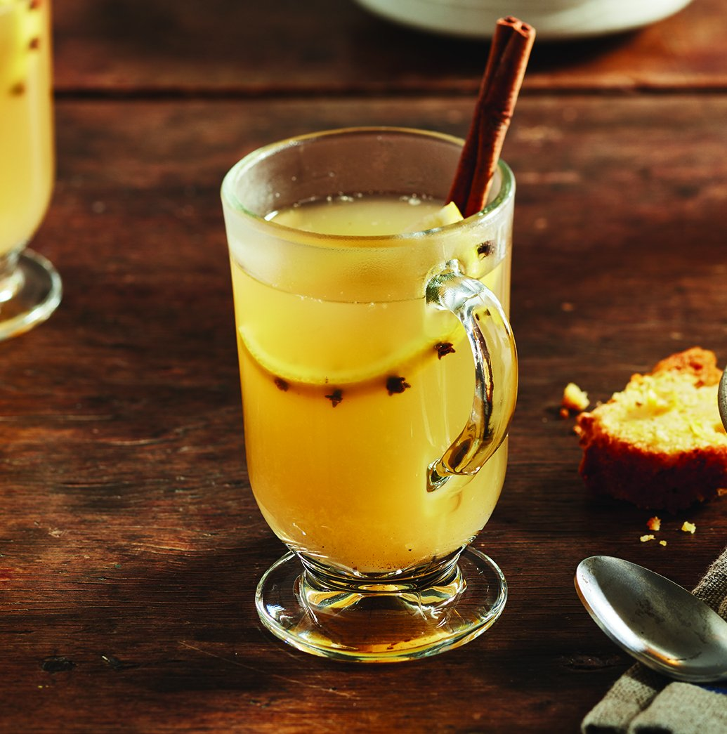 It's #NationalHotToddyDay. Spread the warmth with this simple recipe:  https://t.co/HiT7hcxEya https://t.co/okT0CTsjy0
