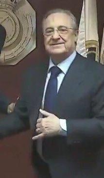 K's photo on Raúl de Tomás