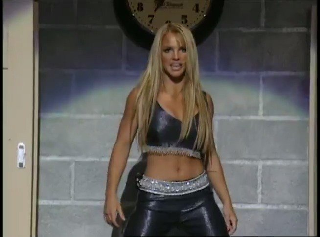 ⭐️Happy Birthday @britneyspears! ⭐️ Ill be watching her ...Baby One More Time #VMA performance to celebrate🌸