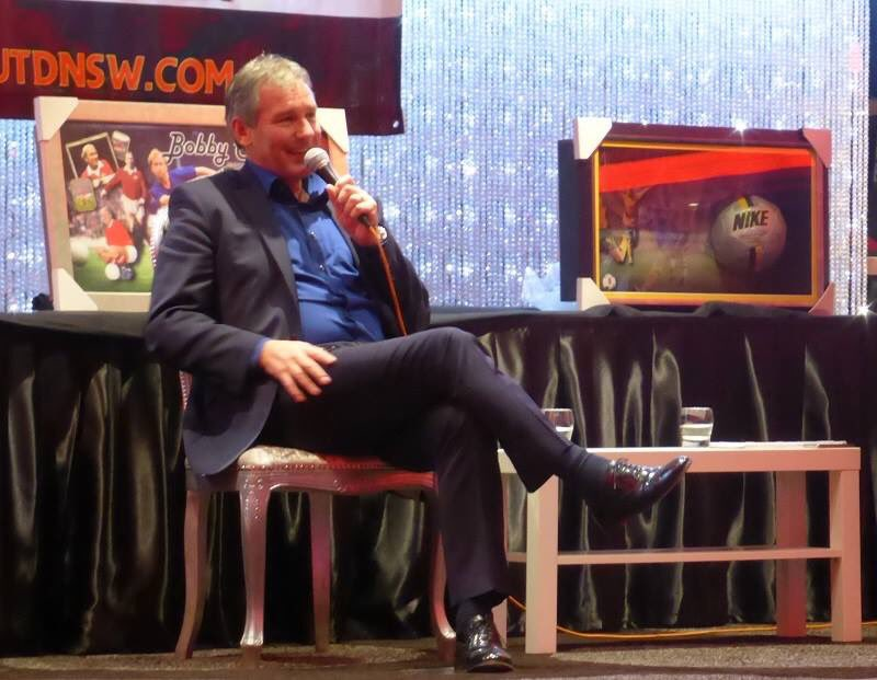 A belated happy birthday to @bryanrobson. Looking forward to seeing you in Perth #mufc #MUFCinPerth #ManUtdNSW https://t.co/tilq3LNcHJ