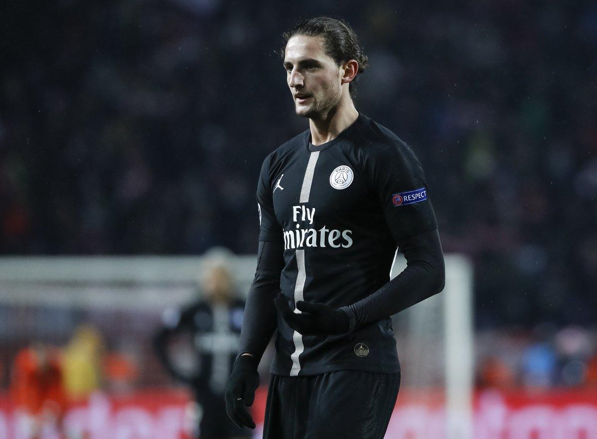 Goal's photo on Cesc Fabregas