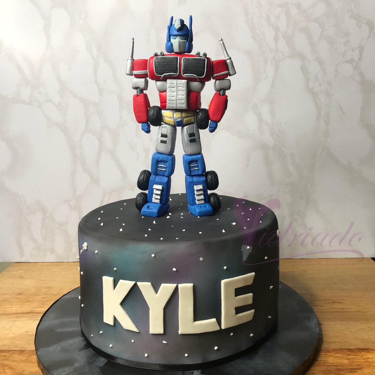 Fantastic Vidriado Cakes On Twitter Transformers Themed Fondant Cake Personalised Birthday Cards Paralily Jamesorg