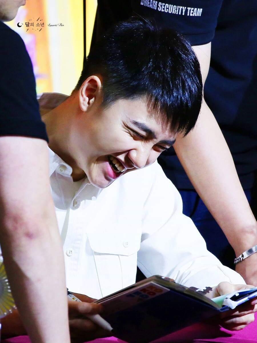 RT @yourmomgaylmaoo: Happy kyungsoo's dayyy 💕💕   #PrinceKyungsooDay  #EXO #EXOL https://t.co/k9eXOIzONP