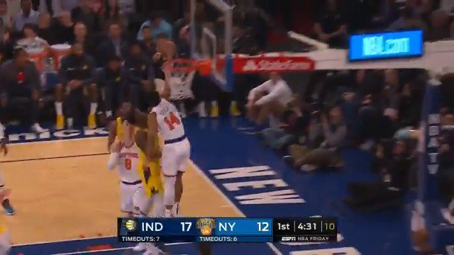 Allonzo Trier rises for the rejection at MSG!  #NewYorkForever 17 #Pacers 21  ��: @ESPNNBA https://t.co/hHpnUjpaEY