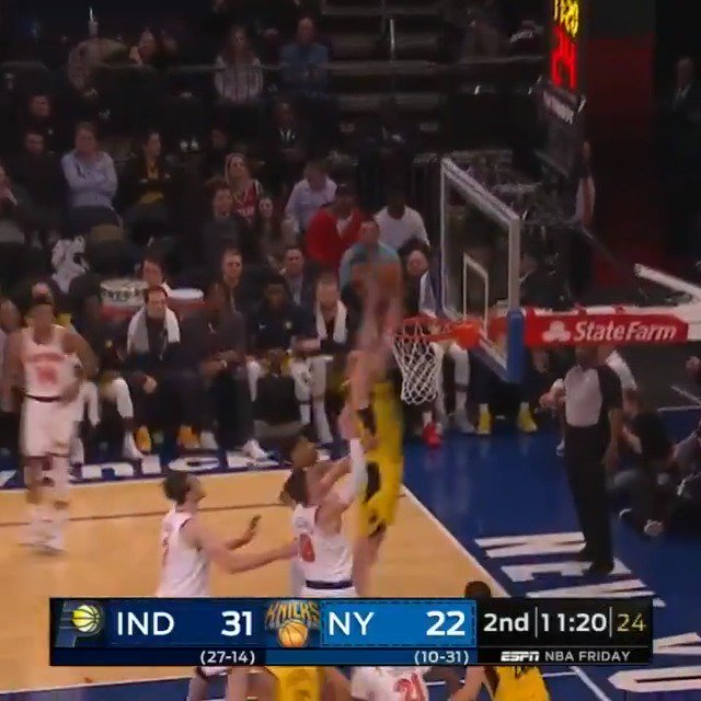 TJ Leaf flies in and cleans up the miss!  #Pacers 43 #NewYorkForever 38  7:16 remaining in Q2 on @ESPNNBA https://t.co/lmdE2MPk4p