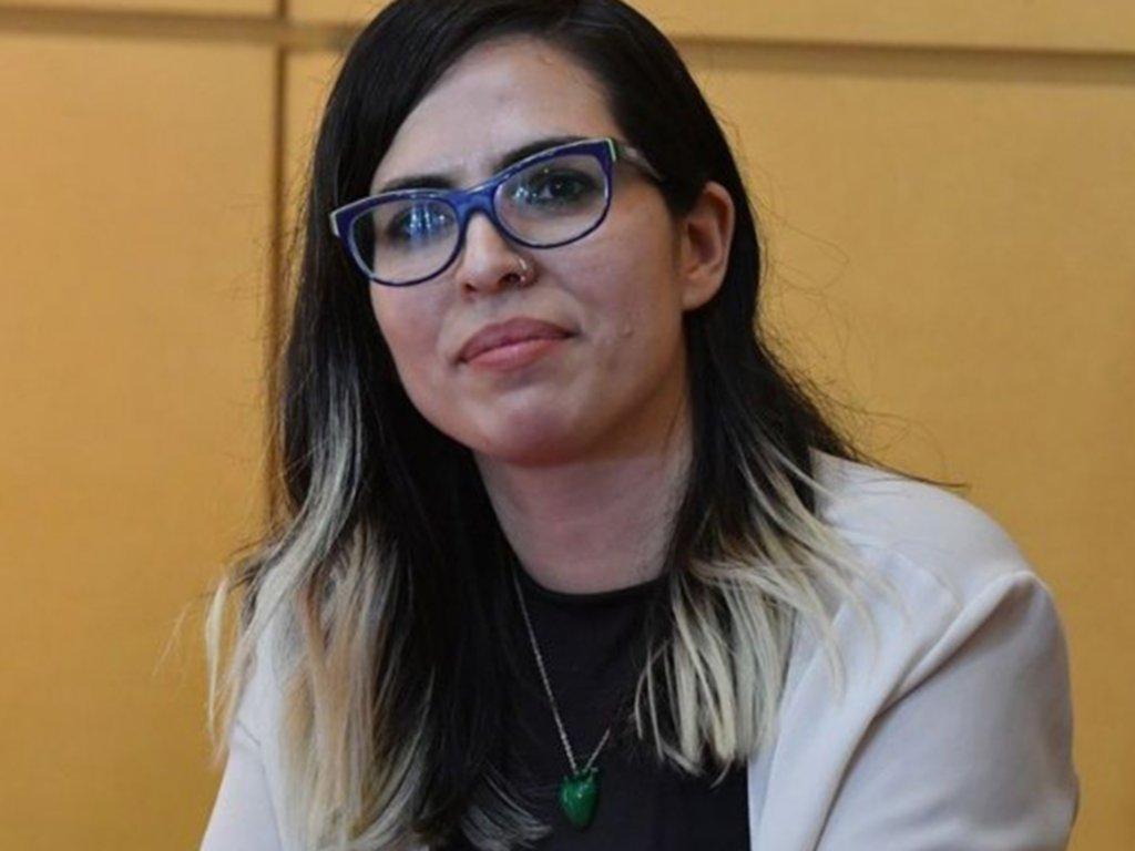 No seas cómplice's photo on Carla Lescano