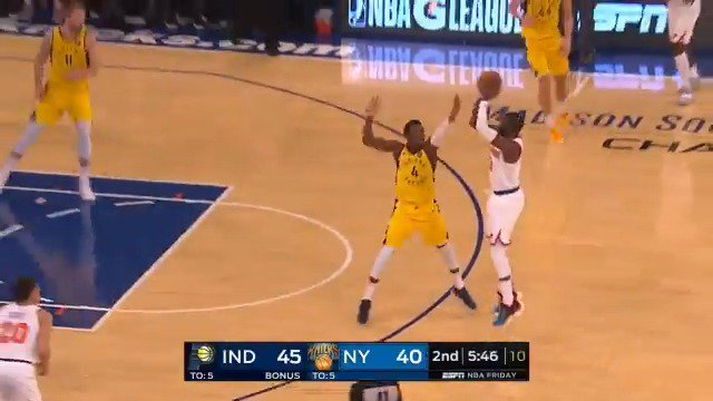 Back-to-back Tim Hardaway Jr. treys for the @nyknicks! ����  #NewYorkForever 46 #Pacers 48  ��: @ESPNNBA https://t.co/7xIuwtgPqH