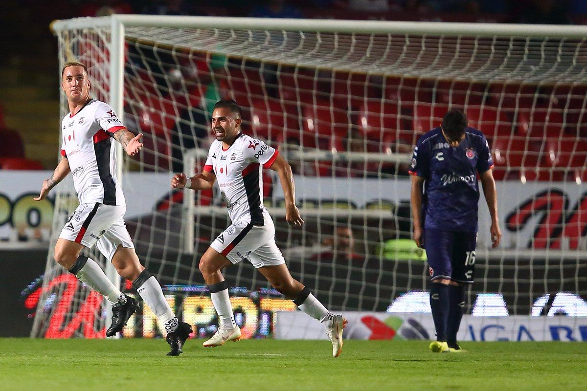 TDN's photo on Veracruz vs Lobos
