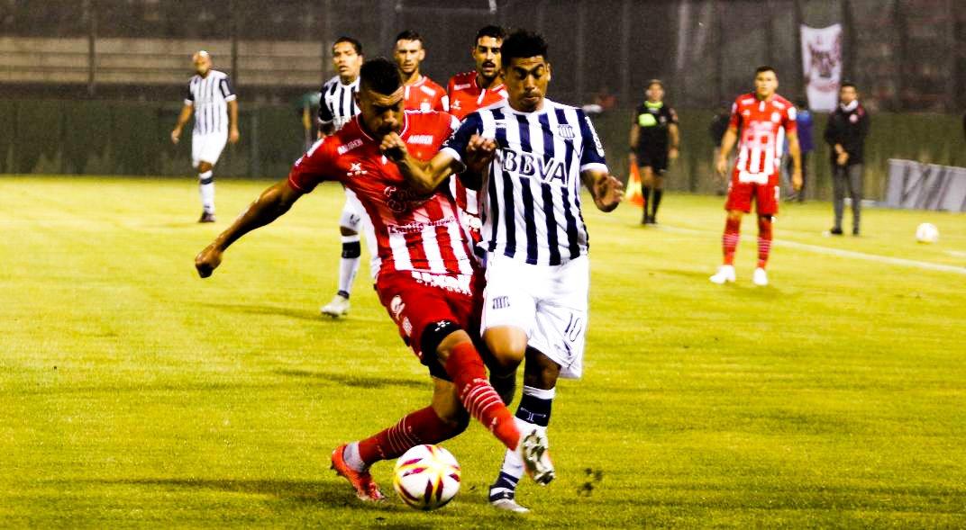 Sebastián Cornejo 🏆's photo on Junior Arias