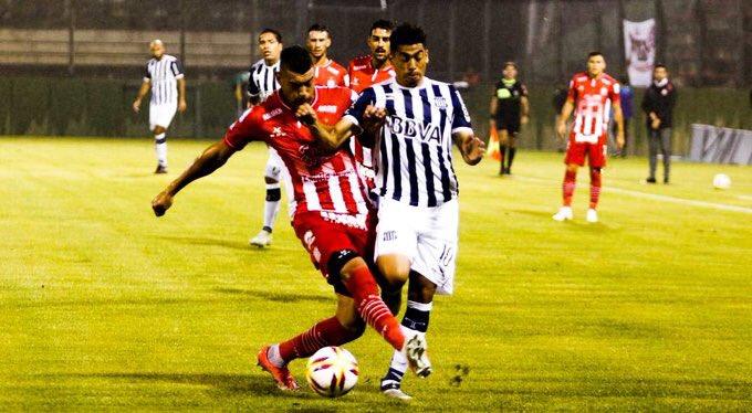 La Cantera Deportiva's photo on Junior Arias