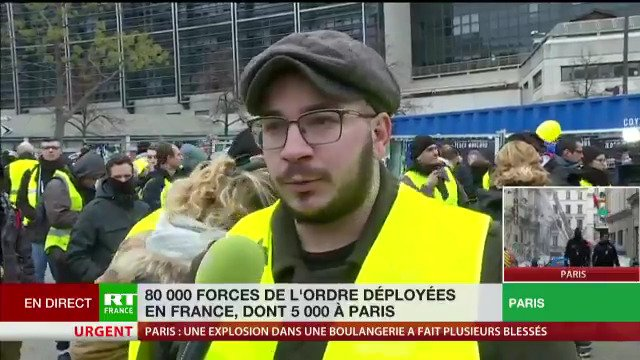 RT France's photo on Acte 9