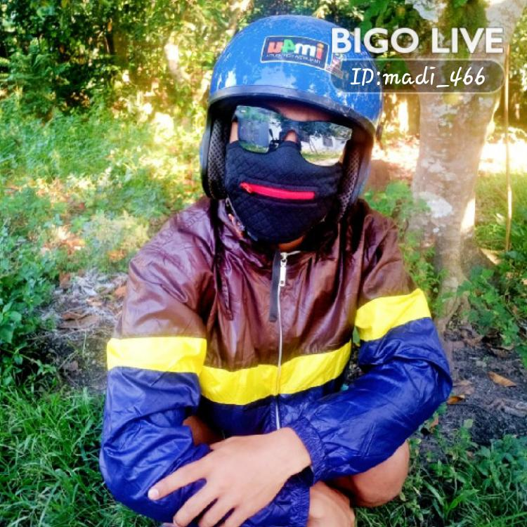 OMG! You have to see this. #BIGOLIVE.   https://t.co/f5l3aTdjWH https://t.co/daVO96gVAk