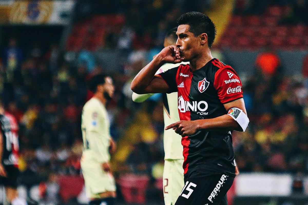 Solo de Fútbol's photo on Osvaldo Martínez