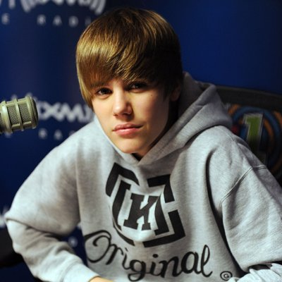 💜💜 no puedes dejar de amarlo, lo sabes! #10YearsOfBieber Photo