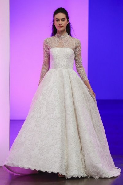 ad23029a2abe8 أجمل موديلات فساتين زفاف دانتيل منفوشه 2019 http   bit.ly 2TMSxVr  pic.twitter.com ehjDLqbM6q
