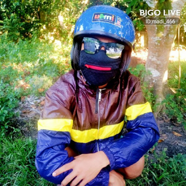 OMG! You have to see this. #BIGOLIVE.   https://t.co/9gzld6PzAg https://t.co/ZywoG22acE