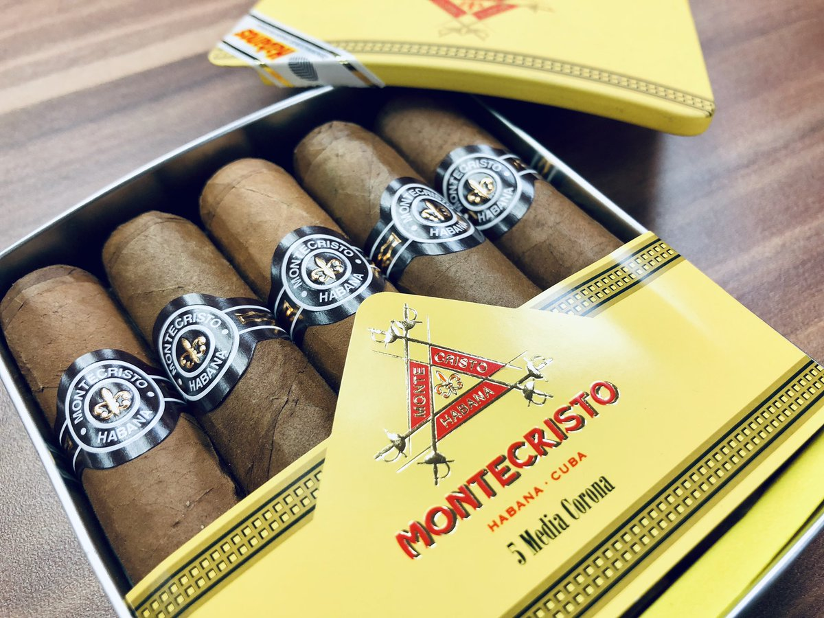 Time for some Havanas!   It's a divine experience to enjoy a good cigar with a whisky or cognac! Choose from a vast selection of cigars of different strength and size. Pick yours up from our shop on Granby Street #Leicester #Cigar #Pleasure #havana #cubans #Tryanuary <br>http://pic.twitter.com/UNN0qLmR66 &ndash; à 23 Wine &amp; Whiskey
