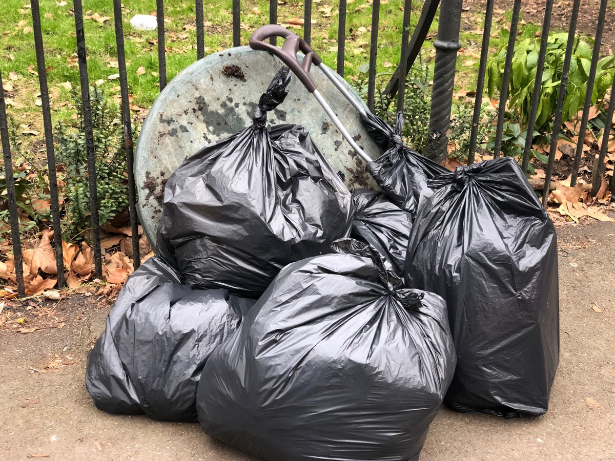Groovy Putney Tidy Towpath On Twitter Loads Of Plasticpollution Andrewgaddart Wooden Chair Designs For Living Room Andrewgaddartcom