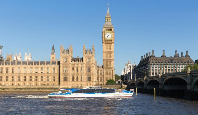 Get out on to the river this weekend & enjoy the sights of London with @thamesclippers --> Photo