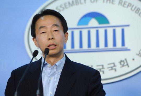 이재연(역서: 중국 화폐의 역사 외 다수)'s photo on 김현철