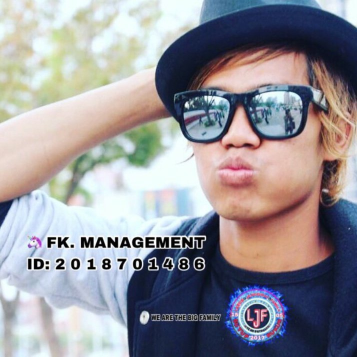 OMG! You have to see this. #BIGOLIVE > #star awokkk awokkk.   https://t.co/NihUxcupgp https://t.co/Rp20HTPT3X