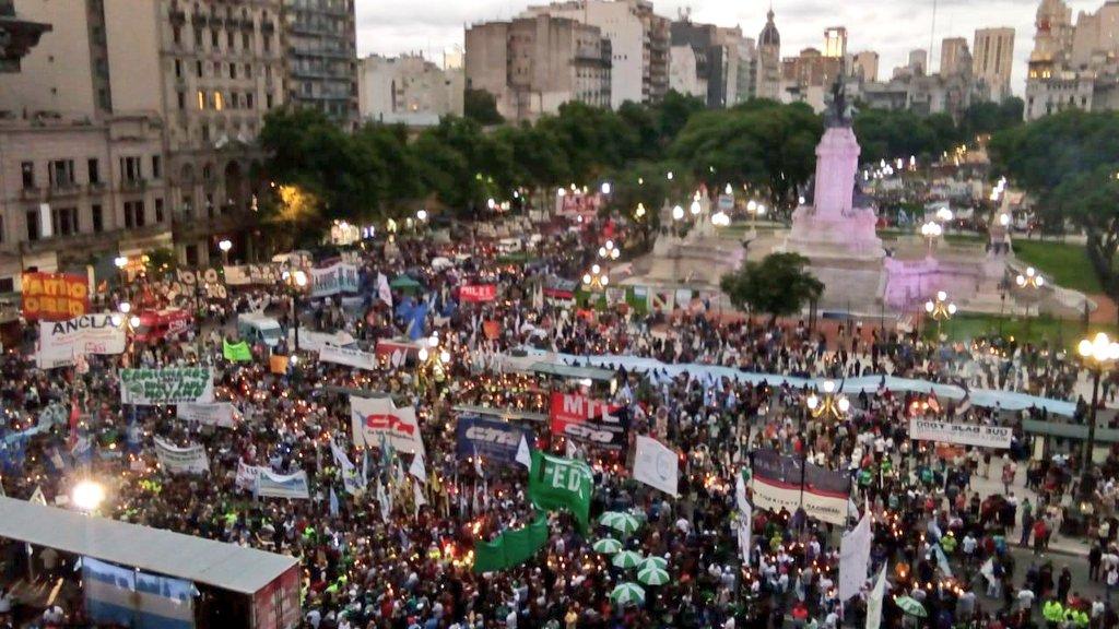 Cintia Mansilla's photo on #MarchaDeAntorchas