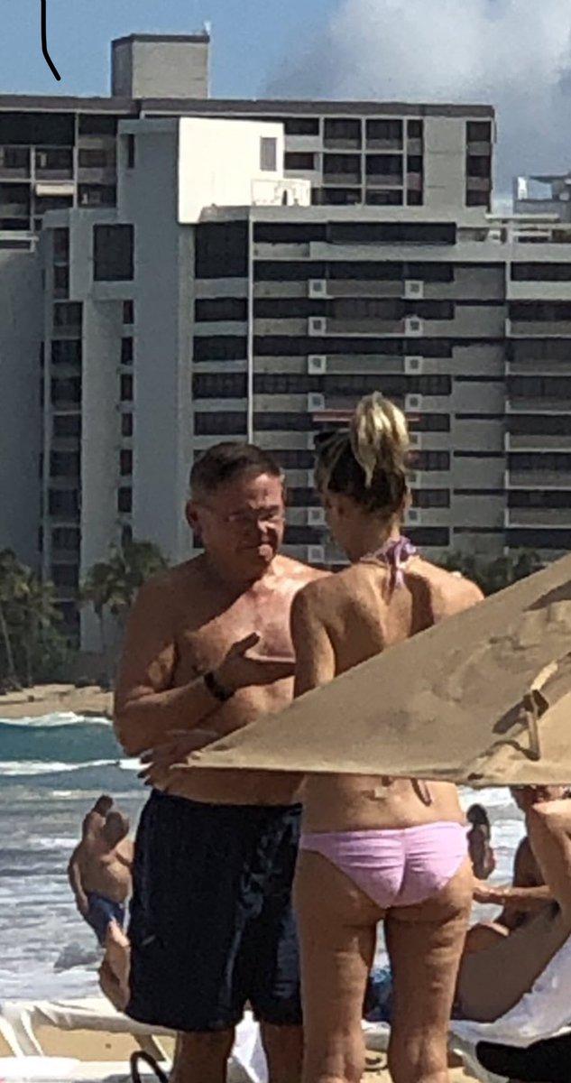 Teen vargin hard cockrub vagina photo