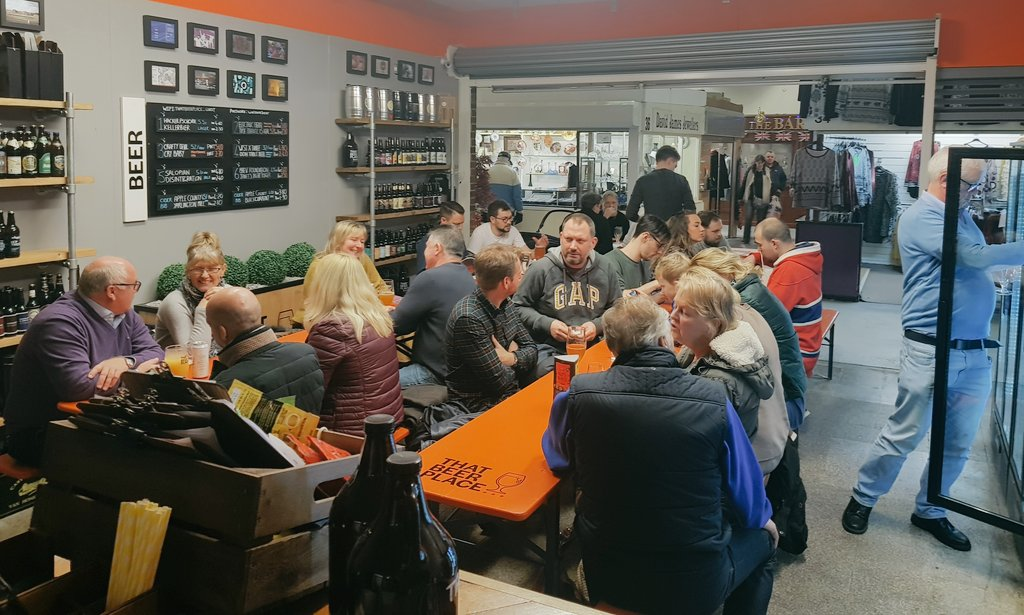 14:30 on a dull January afternoon... no sign of #DryJanuary here... just lovely folk enjoying new beers for #tryanuary  <br>http://pic.twitter.com/VEq7X469gm