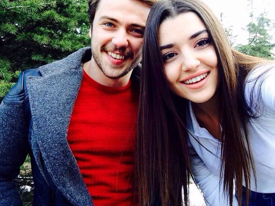 I was thrilled to see #BurakDeniz and #TolgaSaritas at the funeral. Years pass, sets change but the estimate remains  #HandeErçel, great woman, stay strong  <br>http://pic.twitter.com/eK65s0PGec