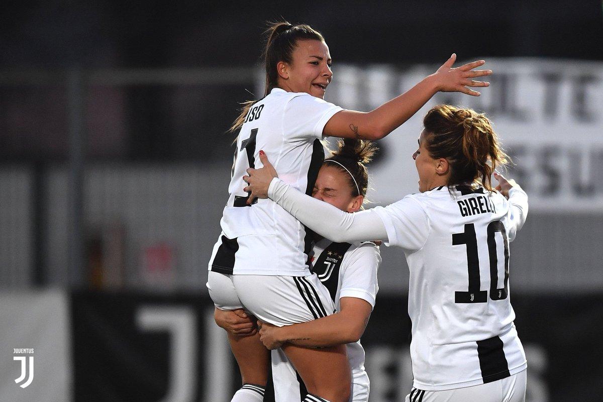 HT | Juventus Women lead in the first half! 💪  #JuveFlorentia [1-0]  #ForzaJuve  #JuventusWomen