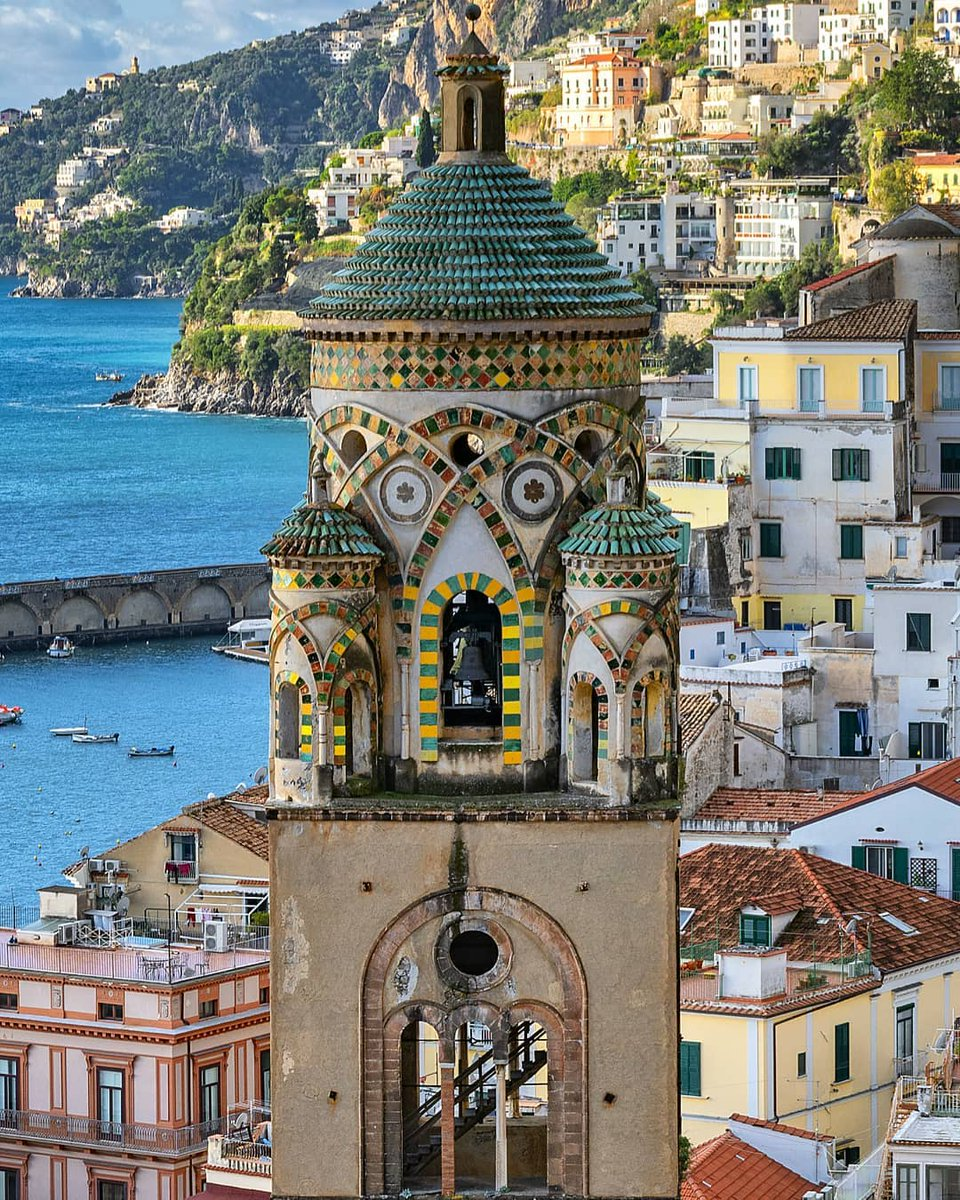 PLANNING YOUR TRIP TO ITALY?  Travel tips to inspire your next vacation. Browse https://t.co/7dzRuABSjZ      and find out the best way to enjoy the Belpaese.  Photo IG gennaro_rispoli  #travel #Italy #beautyfromitaly #italianholidays #amalficoast