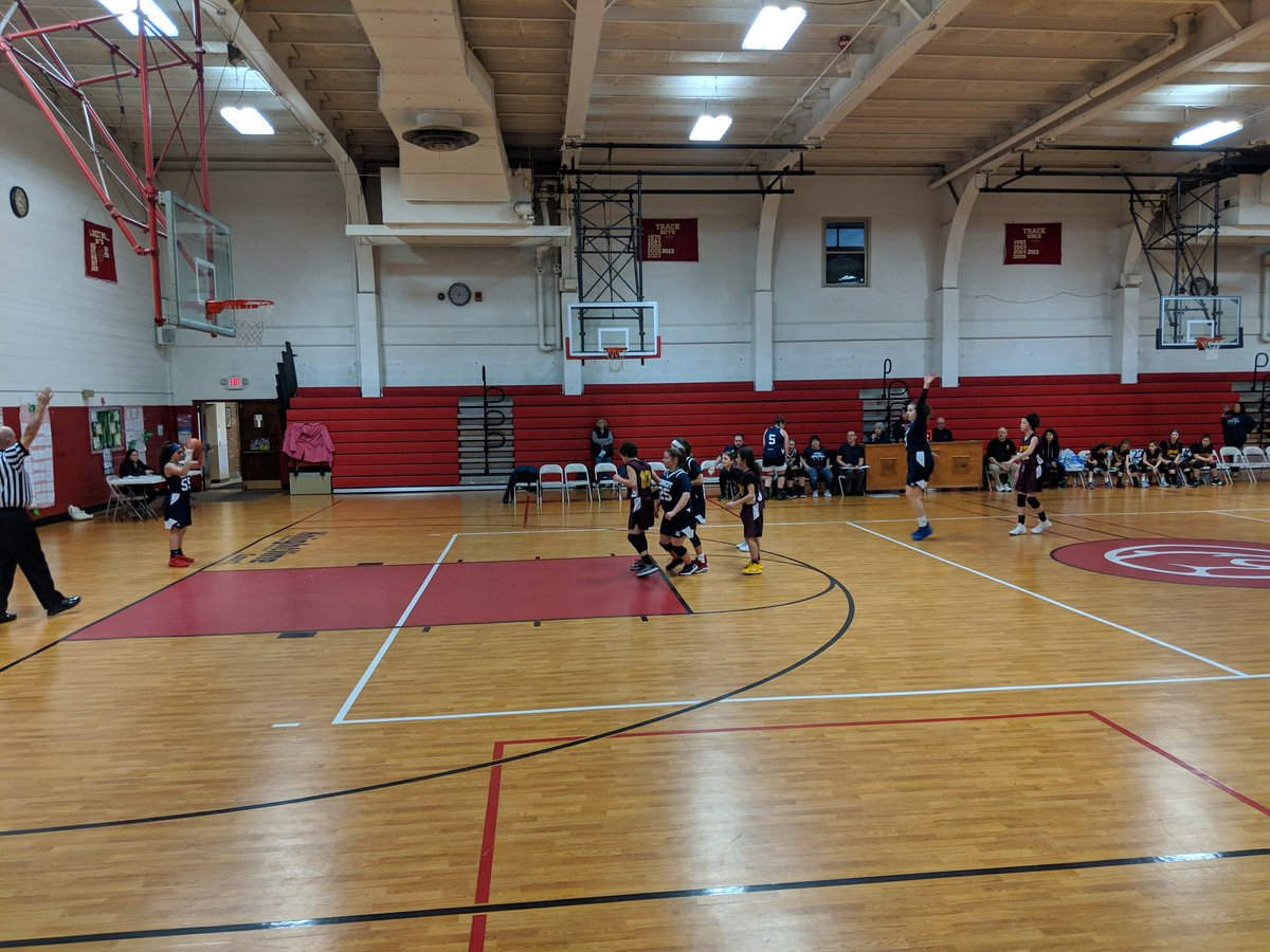 Jr high @warrenjfk girls in action at St Rose today. #bluepride <br>http://pic.twitter.com/3LJXNGqyyK