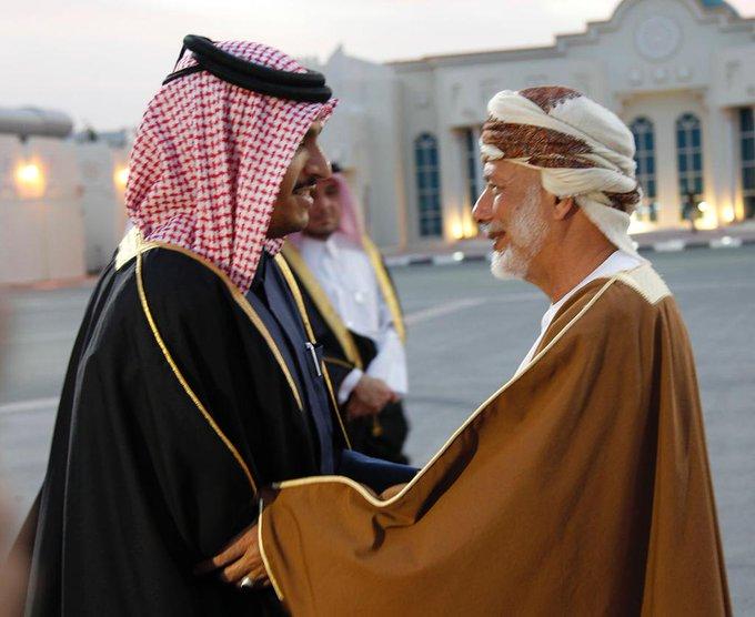 الوزير المسؤول عن الشؤون الخارجية بسلطنة عمان يصل إلى الدوحة #وزارة_الخارجية_قطر صورة فوتوغرافية