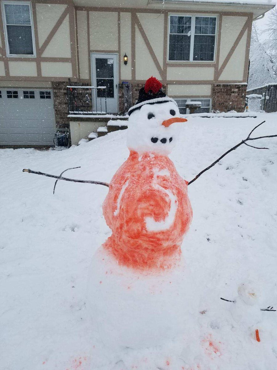 RT @brysonbeans: Snowman Mahomes is ready to go @Chiefs #LetsRoll #INDvsKC https://t.co/xKoi6p6FBV