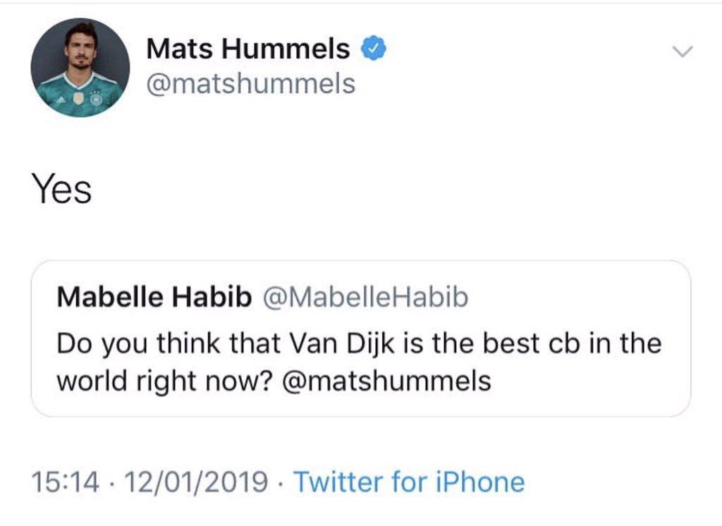 Mats Hummels believes that Virgil van Dijk is currently the best defender in world football.