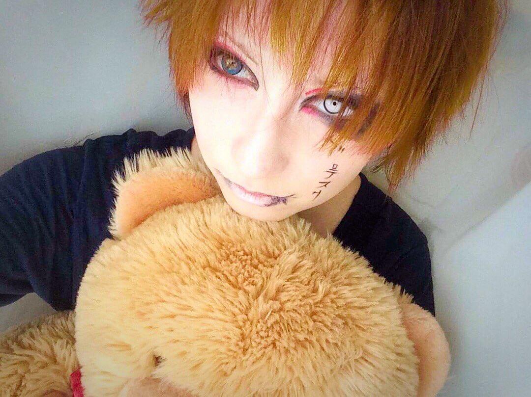 So so so... I tried an old years make up from 2003.  But I still love Ruki's all make ups. #thegazette #ruki #ガゼット #ルキ #コスプレ #化粧 #Shoxxmagazine #SHOXXpic.twitter.com/GdIoRyaV63