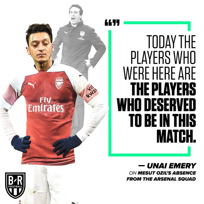 What on earth is going on between Ozil and Emery at Arsenal? 🤔 Photo