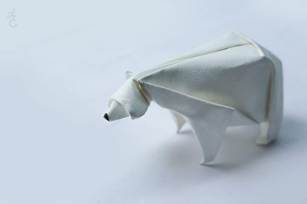 White Polar Bear Cub Resin Decoration Simple Modern origami ...   683x1024