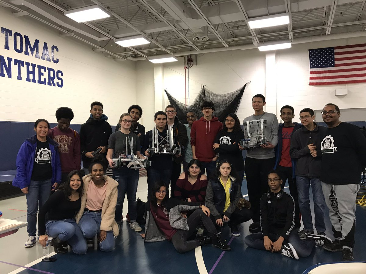 Wakefield robotics finishing the 1st competition of the season! <a target='_blank' href='http://twitter.com/principalWHS'>@principalWHS</a> <a target='_blank' href='http://twitter.com/APS_OEE'>@APS_OEE</a> <a target='_blank' href='http://twitter.com/APS_STEM'>@APS_STEM</a> <a target='_blank' href='http://twitter.com/APS_CTAE'>@APS_CTAE</a> <a target='_blank' href='https://t.co/BD1iHIjn5R'>https://t.co/BD1iHIjn5R</a>