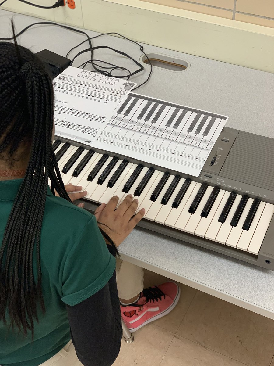 What better way to build musical literacy skills than to play?! This week, our 6th graders have been putting their musical knowledge to work! #WorldMusic #PuttingSkillsToWork #Rigor  #LearningWhilePlaying 🎹🎼🎶