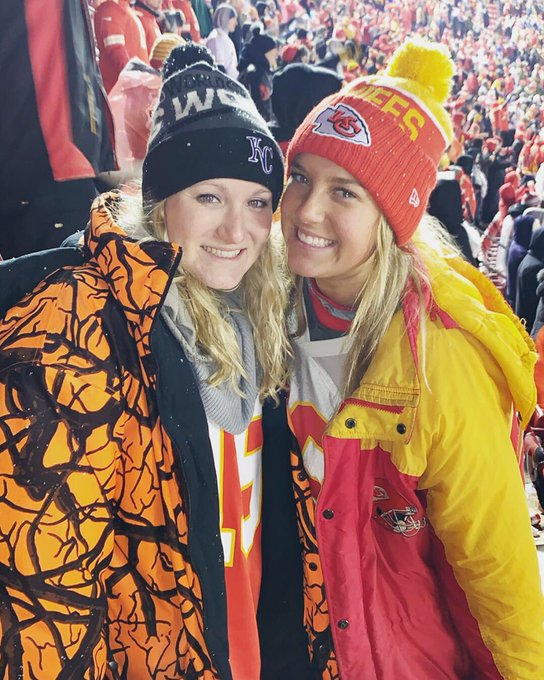 We love our Kansas City Chiefs and cheering them on to victory!! ❤️💛🏈 #GoChiefs Photo