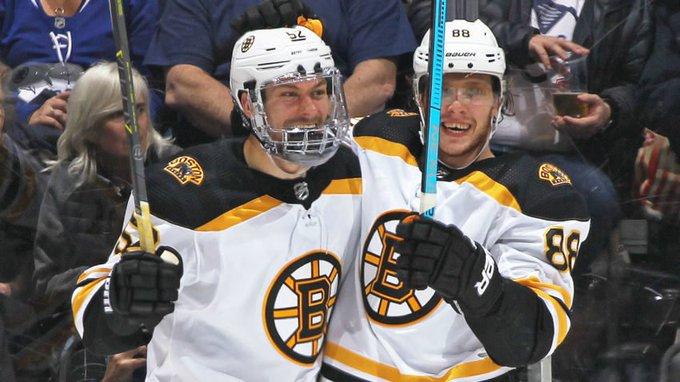 David Pastrnak's goal sends Bruins past Maple Leafs 3-2 Photo