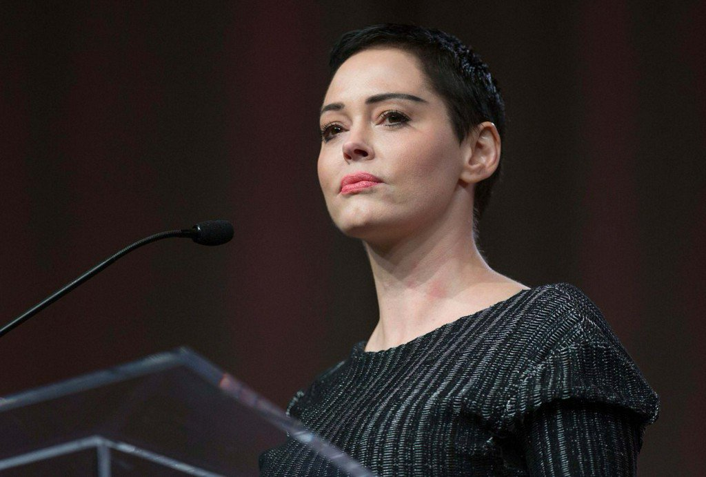 Actress Rose McGowan to plead no contest to drug charge in #Virginia court https://t.co/tmKIfYrk9C